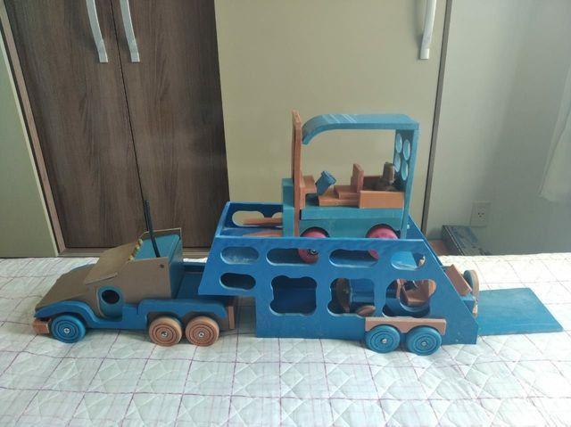 Brinquedos em PVC (CARROS) - Foto 4