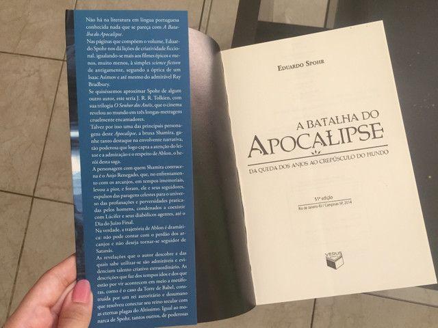 Livro A Batalha do Apocalipse - Foto 2