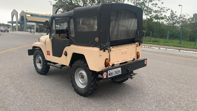 Willys Jeep - 1965 2.6 6 cilindros - Foto 7