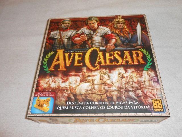 Jogo de Tabuleiro Ave Caesar - Grow - Com miniaturas de bigas