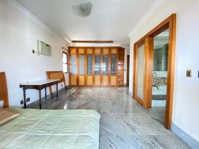 Ed. Atlantis - 250 m² - 3 suítes + gabinete - Foto 12