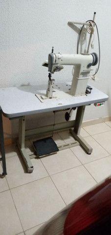 Maquina de pesponto de uma agulha  com guia e luz de led   - Foto 4