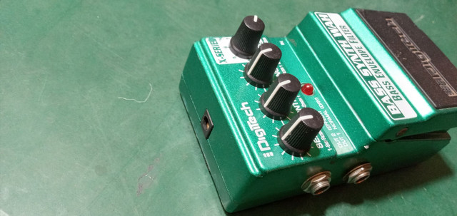 Pedais bass BDI 2 e bass envelope filter - Foto 3