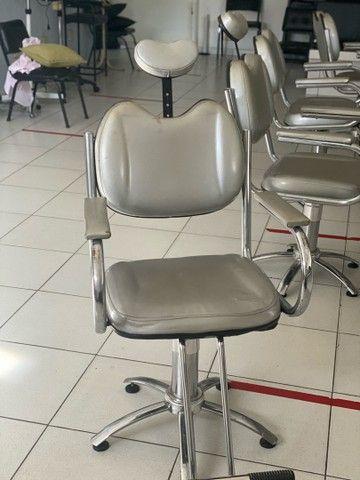 Cadeira hidráulica para Cabeleireiros  - Foto 3