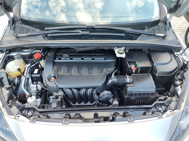 Peugeot 408 Sedan Griffe 2.0 Automatico - Foto 16