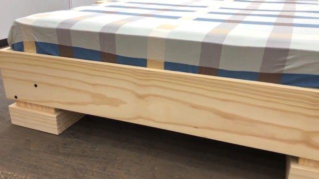 Cama em madeira maciça  - Foto 2