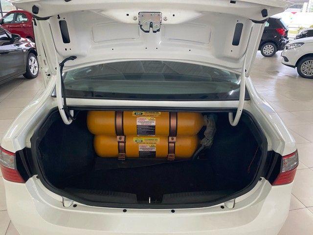 Gran Siena 1.4 GNV modelo 2020 com 669 km - Foto 6
