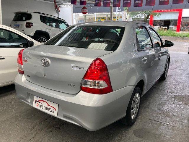 Toyota -Etios Sedan 1.5 X Flex-Automatico- 2018 - Foto 8