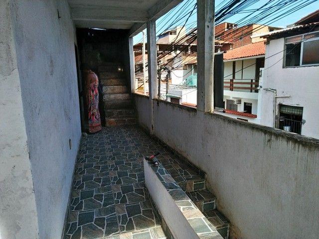Casa antiga 1° andar em Itapuã, frente de rua 2/4 R$115.000,00 - Foto 4