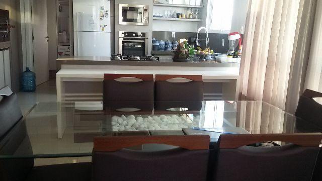 Apartamento 3 suítes, 4 garagens,Vista p Mar Mobiliado, Equipado,Centro Balneário Camboriú