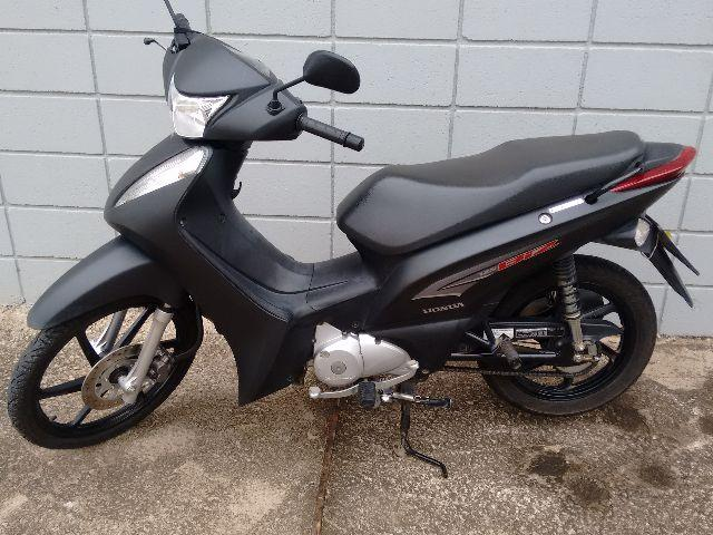Honda Biz 125 EX ,Preta fosca