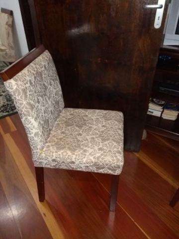 4 cadeiras madeira forradas