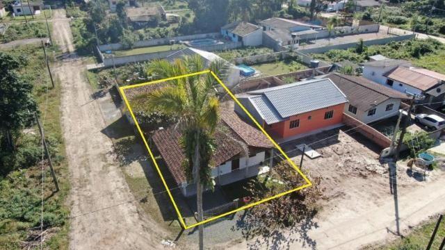 Boa casa de alvenaria em itapoá, aproximadamente 1.100 metros da praia, total de 108 m2 co - Foto 6