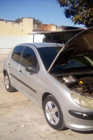 Carro CLIO