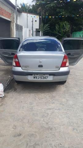 Clio sedan 2005/2006 1.6 16v