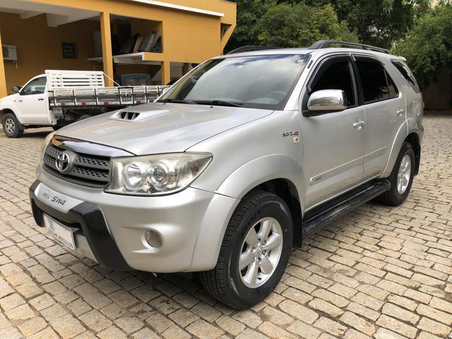Toyota Hilux SW4 7 lugares 2010