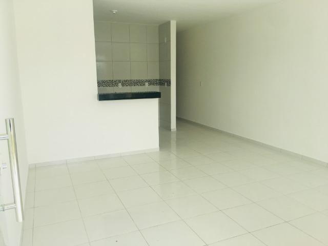 Linda casa com documentação grátis 2 quartos e 2 suites,entrada em 12x , * - Foto 6