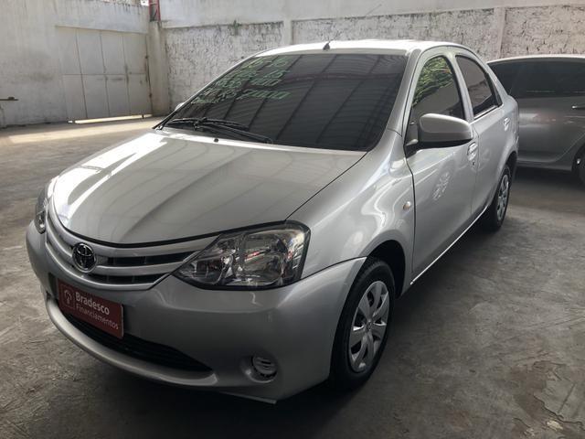 Etios X Sedan 1.5 2015/2016 - Foto 3