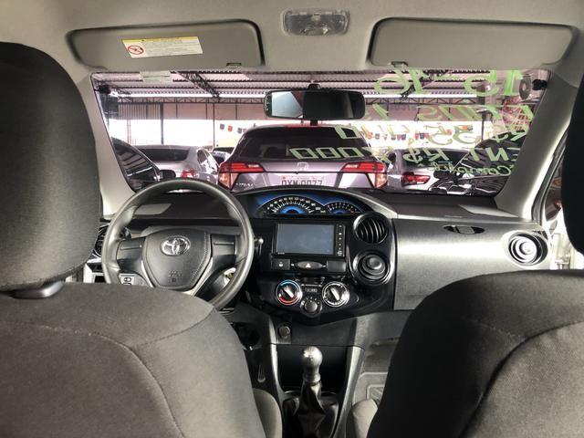 Etios X Sedan 1.5 2015/2016 - Foto 8