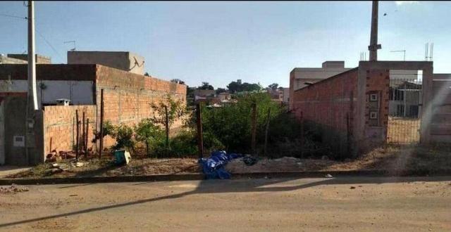 Meio terreno em Artur Nogueira-SP R$ 55.000,00
