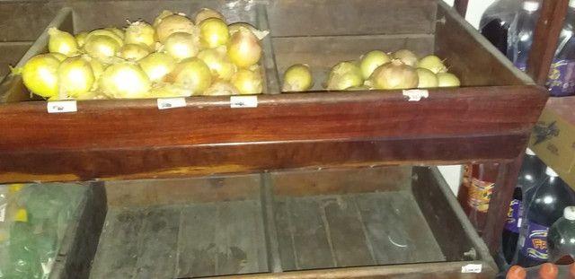 Fruteira de madeira muito boa. - Foto 3