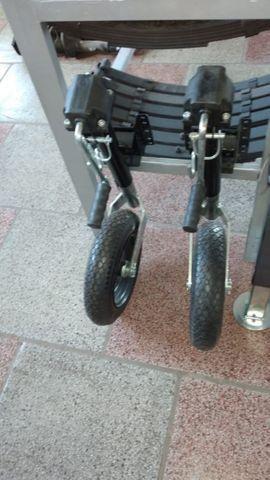 Suporte ,levante com roda para reboque , carretinha,  trailer  - Foto 2