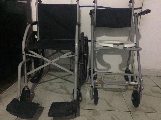 Par de cadeira de rodas