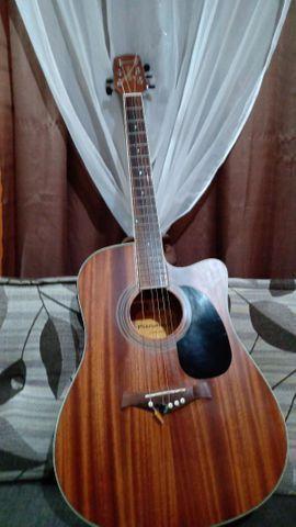 Vendo violão Gianini  eletroacústico em estado de novo