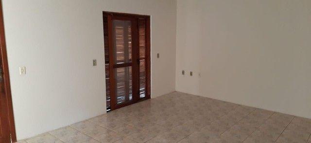 Alugo casa 3 quartos - Foto 2