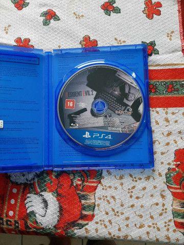 Jogo PS4 residente evil 2 - Foto 2