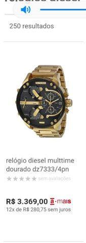 Relógio diesel multtime dourado