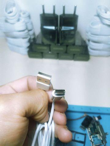 Leia o anúncio Fonte Samsung carga rápida + cabo branco tipo C  - Foto 3