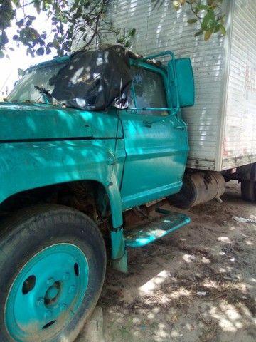 Vendo ou troco  Caminhão FORD F7000 - Foto 3