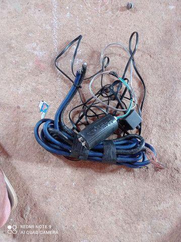 Vendo todos esses itens  cabo eca e cabo de bateria valor 100 reais - Foto 2