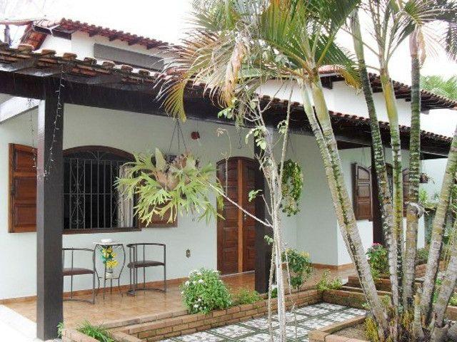 Casa 4 Quartos 2 Suítes no centro de Bacaxá, aceita carta - Foto 2