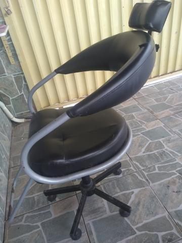 Vendo cadeira de corte