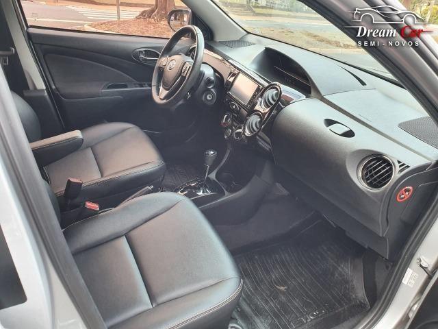 Toyota Etios Sedan 1.5 XLS Flex automático único dono 2017 - Foto 10