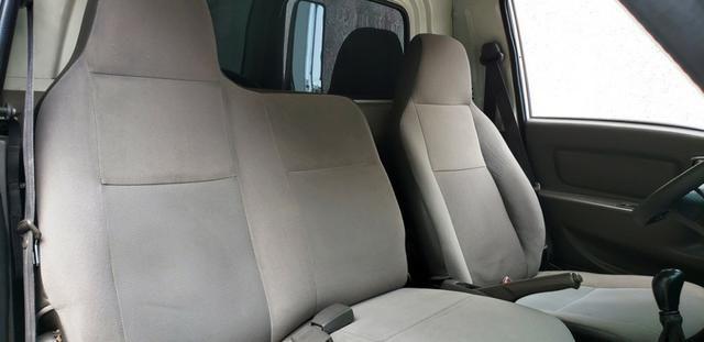 Hyundai HR Refrigerada 2011 - Foto 11