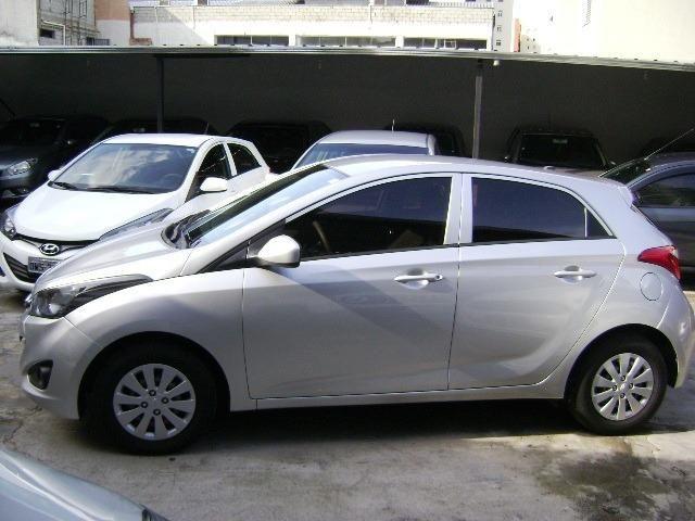 Hyundai HB20 1.6 Comfort Plus 2013 - Foto 12