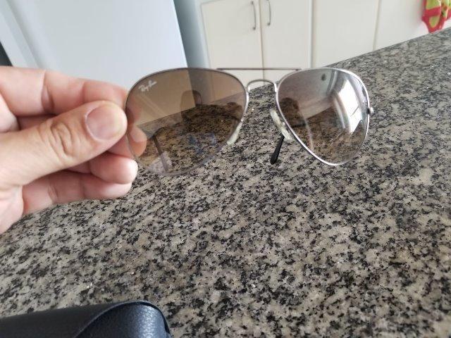 Óculos RayBan Originais masc fem dos dos EUA - Retirada região linha lilas  verde 886d73527a