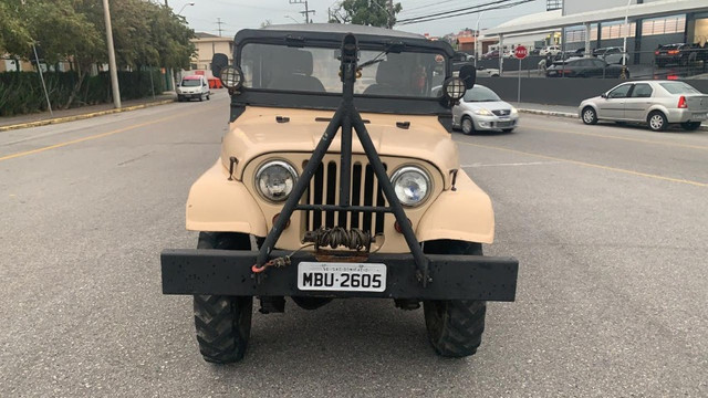 Willys Jeep - 1965 2.6 6 cilindros - Foto 3