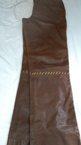Calça de couro +os acessórios veste 42/44 - Foto 2