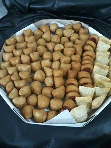 Salgadinhos fritos sortidos,promoção 300 unidades R$100,00