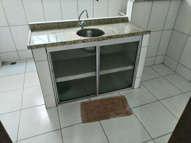 Casa antiga 1° andar em Itapuã, frente de rua 2/4 R$115.000,00 - Foto 20