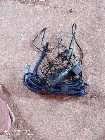 Vendo todos esses itens  cabo eca e cabo de bateria valor 100 reais - Foto 4