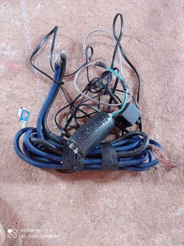 Vendo todos esses itens  cabo eca e cabo de bateria valor 100 reais - Foto 6