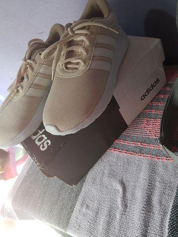 Tênis feminino da Adidas  - Foto 2