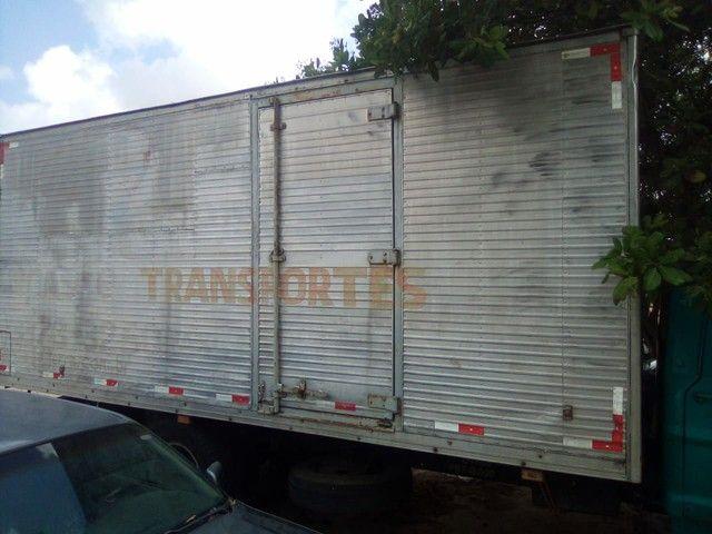 Vendo ou troco  Caminhão FORD F7000 - Foto 4