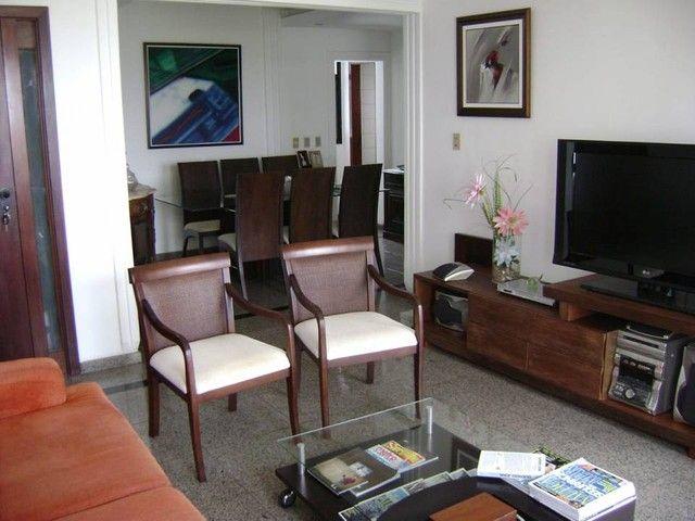 Apartamento para aluguel com 174 metros quadrados com 4 quartos em Candeal - Salvador - BA - Foto 2