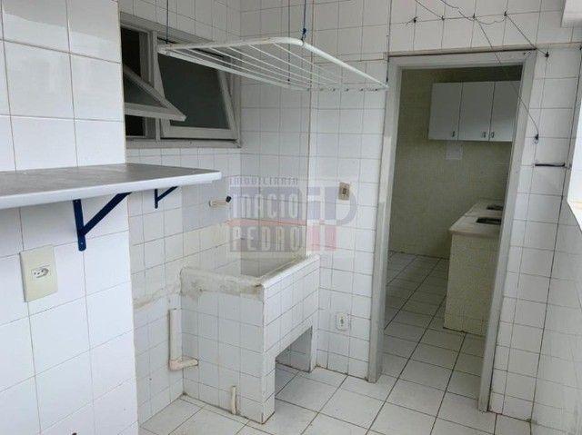 [A31423] Apartamento com Sala Ampla, 3 Quartos sendo 1 Suíte. Em Boa Viagem !! - Foto 15